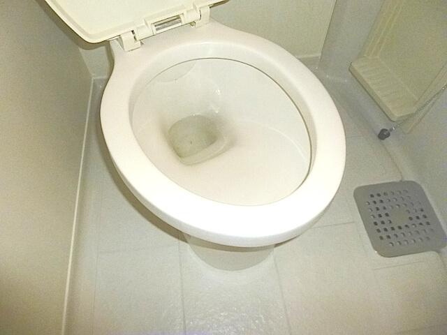 松戸市新松戸 ジュネパレス 退去清掃 トイレ清掃後の様子