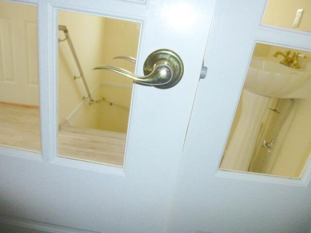 船橋市三山 一戸建て ハウスクリーニング リビングドアの清掃 After