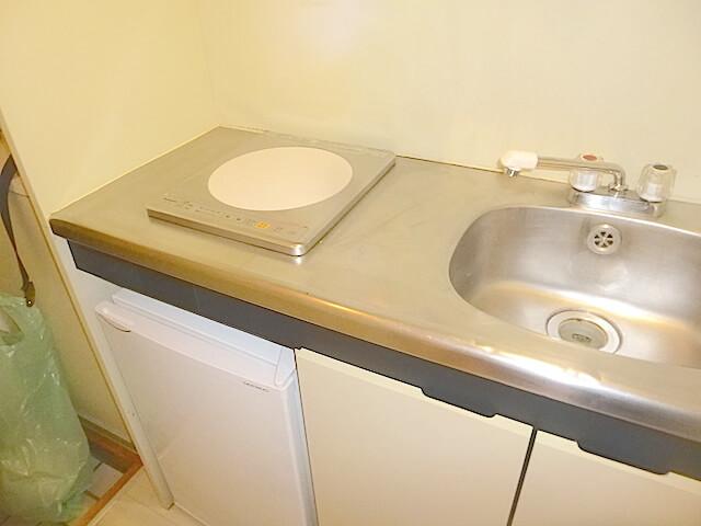 松戸市1Rアパート 退去清掃 キッチン洗浄後の様子
