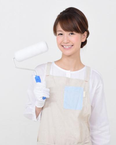 paint roller woman