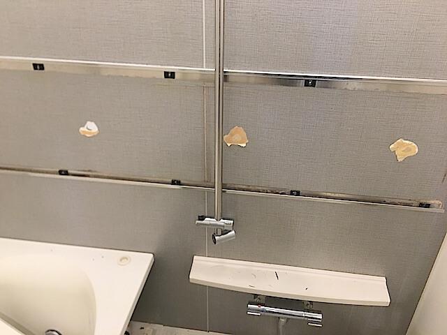 流山市 マンション シティハウスおおたかの森 浴室 鏡撤去後の様子
