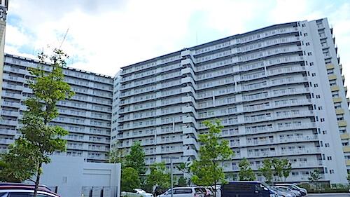 千葉県白井市 プリスタレジデンスⅡ 入居前清掃 フロアコーティング